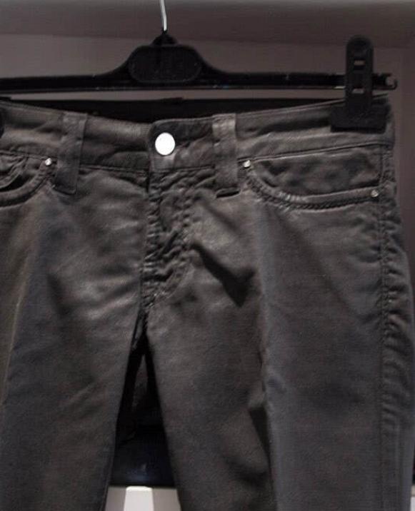 Pantalón encerado
