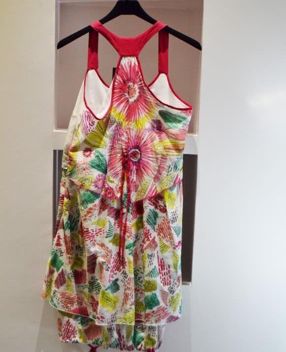 Vestido estampado colorines